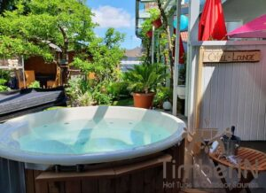 Wood burning heated hot tubs with jets – TimberIN Rojal 1