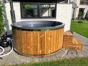 Wood fired hot tub with jets – TimberIN Rojal 2 3