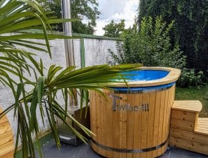 Oval hot tub for 2 persons 1