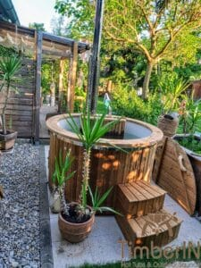Round wood powered hot tub 1 1