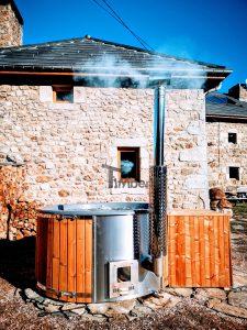 Wood burning fiberglass hot tub with jets Wellness Royal 3