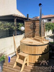 Cheap wooden hot tub 1