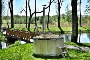 Wooden hot tub basic model made of siberian spruce larch 26