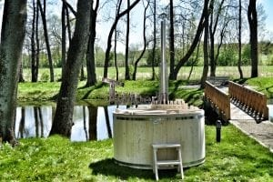 Wooden hot tub basic model made of siberian spruce larch 27