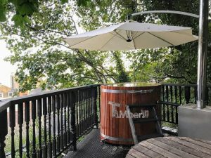Wooden hot tub for 2 persons 3