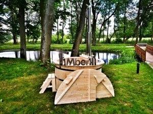 Wooden hot tub for garden 4