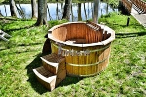 Wooden hot tub thermowood deluxe spa model 16
