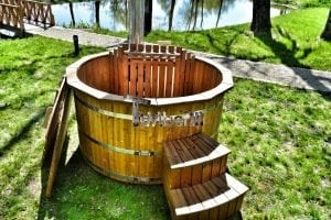 Wooden hot tub thermowood deluxe spa model 18