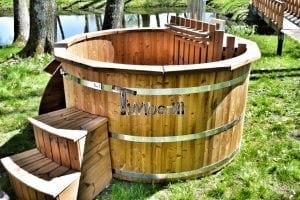 Wooden hot tub thermowood deluxe spa model 22
