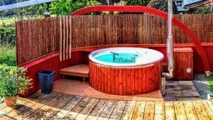 Fiberglass lined hot tub with integrated burner thermo wood Wellness Royal 1 4