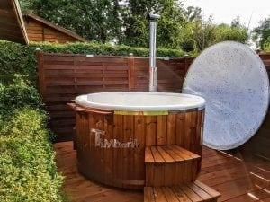 Fiberglass lined hot tub with integrated burner thermo wood Wellness Royal 2 3