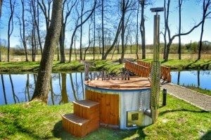 Fiberglass outdoor spa Wellness in thermo wood with wooden lid 15