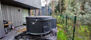 WPC hot tub with electric heater 6