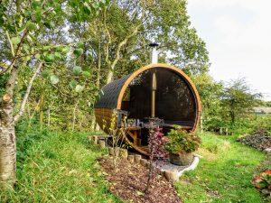 Udendørs sauna tønde i træ til haven Ole Nibe Denmark 6