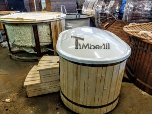 Oval hot tub for 2 persons with fiberglass liner 4