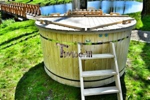 Wood fired hot tub for garden. Includes sand filtration 2 LED and wall insulation 16