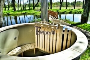 Wood fired hot tub for garden. Includes sand filtration 2 LED and wall insulation 28