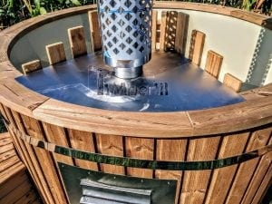 Outdoor spa with polypropylene liner 23