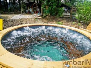 Outdoor wooden hot tub 3