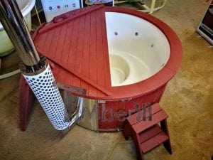 Fiberglass lined outdoor hot tub integrated heater with wood staining in red 5