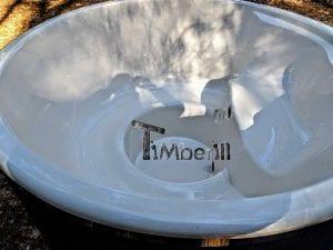 Black fiberglass lined hot tub with integrated burner Wellness Scandinavian 18