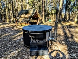 Black fiberglass lined hot tub with integrated burner Wellness Scandinavian 31