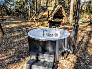 Black fiberglass lined hot tub with integrated burner Wellness Scandinavian 6
