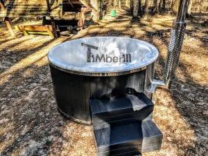 Black fiberglass lined hot tub with integrated burner Wellness Scandinavian 7