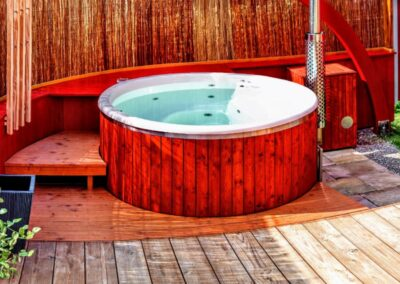 Wooden hot tub with jets jacuzzi