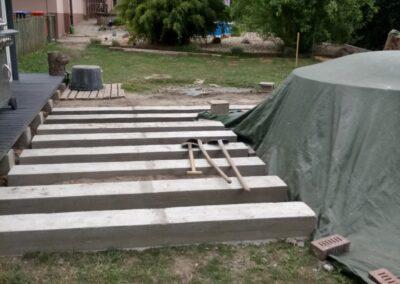 Building the outdoor terrace (2)