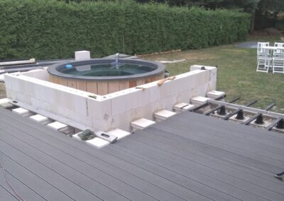 Forming the rise for your hot tub (2)